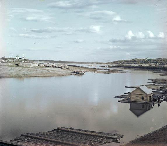 Вид на Костромку в сторону Волги